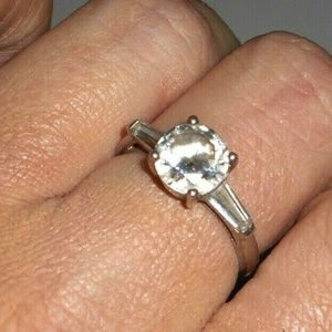 💎💍🎁Sterling Silver Solitaire Engagement Ring